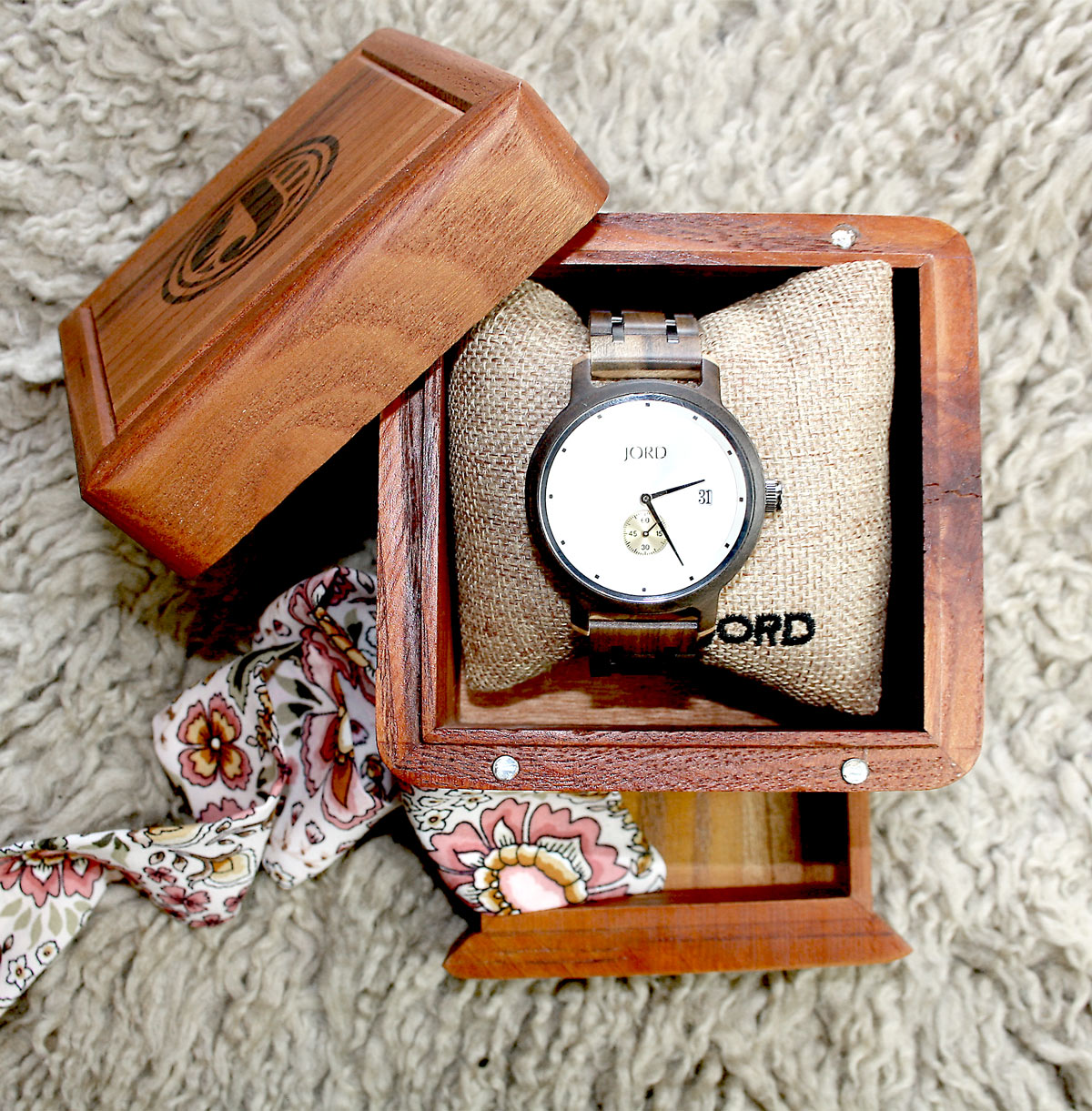JORD wood watch package is the perfect gift