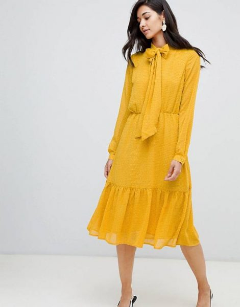 Yellow dress Asks